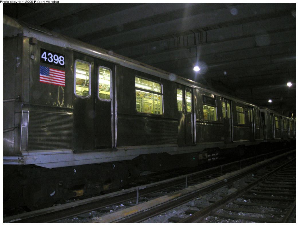 (272k, 1044x788)<br><b>Country:</b> United States<br><b>City:</b> New York<br><b>System:</b> New York City Transit<br><b>Location:</b> Pitkin Yard/Shops<br><b>Car:</b> R-40 (St. Louis, 1968)  4398 <br><b>Photo by:</b> Robert Mencher<br><b>Date:</b> 2/28/2009<br><b>Viewed (this week/total):</b> 1 / 966