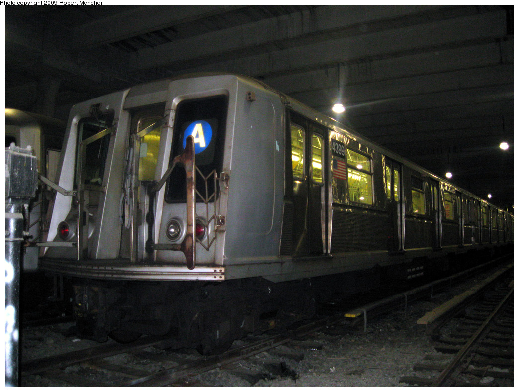 (276k, 1044x788)<br><b>Country:</b> United States<br><b>City:</b> New York<br><b>System:</b> New York City Transit<br><b>Location:</b> Pitkin Yard/Shops<br><b>Car:</b> R-40 (St. Louis, 1968)  4399 <br><b>Photo by:</b> Robert Mencher<br><b>Date:</b> 2/28/2009<br><b>Viewed (this week/total):</b> 0 / 2236