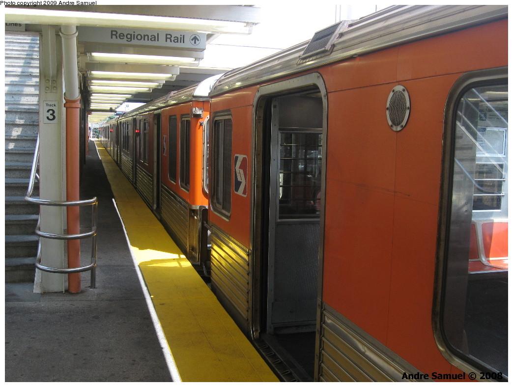 (225k, 1044x788)<br><b>Country:</b> United States<br><b>City:</b> Philadelphia, PA<br><b>System:</b> SEPTA (or Predecessor)<br><b>Line:</b> Broad Street Subway<br><b>Location:</b> Fern Rock Transportation Center <br><b>Car:</b> SEPTA B-4 (Kawasaki, 1982)   <br><b>Photo by:</b> Andre Samuel<br><b>Date:</b> 7/1/2008<br><b>Notes:</b> BSL local at Fern Rock T.C.<br><b>Viewed (this week/total):</b> 2 / 572