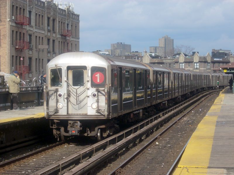 (122k, 800x600)<br><b>Country:</b> United States<br><b>City:</b> New York<br><b>System:</b> New York City Transit<br><b>Line:</b> IRT West Side Line<br><b>Location:</b> Dyckman Street <br><b>Route:</b> 1<br><b>Car:</b> R-62A (Bombardier, 1984-1987)  2271 <br><b>Photo by:</b> Bill E.<br><b>Date:</b> 2/19/2009<br><b>Viewed (this week/total):</b> 0 / 1353