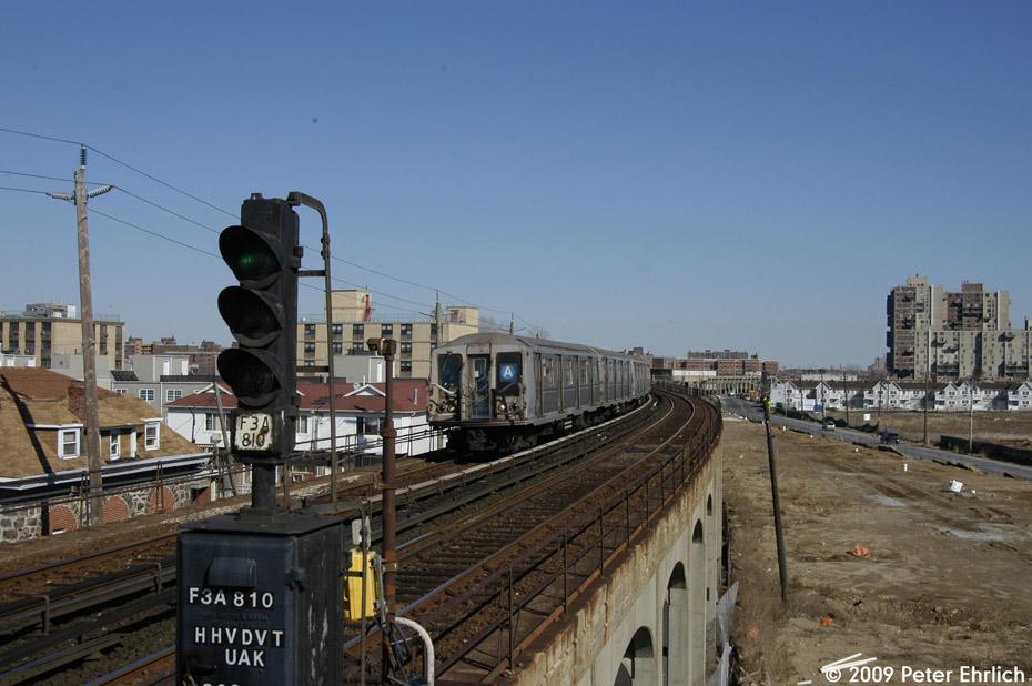 (184k, 930x618)<br><b>Country:</b> United States<br><b>City:</b> New York<br><b>System:</b> New York City Transit<br><b>Line:</b> IND Rockaway<br><b>Location:</b> Beach 67th Street/Gaston Avenue <br><b>Route:</b> A<br><b>Car:</b> R-40 (St. Louis, 1968)  4373 <br><b>Photo by:</b> Peter Ehrlich<br><b>Date:</b> 2/24/2009<br><b>Notes:</b> Inbound<br><b>Viewed (this week/total):</b> 0 / 1212