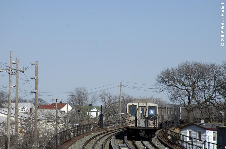 (179k, 930x612)<br><b>Country:</b> United States<br><b>City:</b> New York<br><b>System:</b> New York City Transit<br><b>Line:</b> IND Rockaway<br><b>Location:</b> Beach 25th Street/Wavecrest <br><b>Route:</b> A<br><b>Car:</b> R-40 (St. Louis, 1968)  4373 <br><b>Photo by:</b> Peter Ehrlich<br><b>Date:</b> 2/24/2009<br><b>Notes:</b> Outbound<br><b>Viewed (this week/total):</b> 0 / 1231