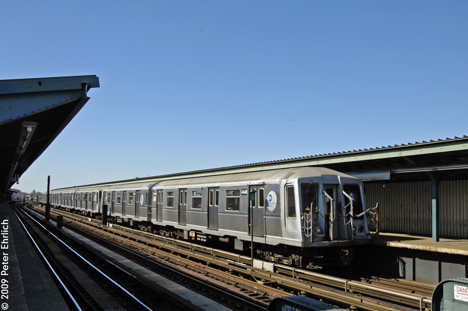 (173k, 930x618)<br><b>Country:</b> United States<br><b>City:</b> New York<br><b>System:</b> New York City Transit<br><b>Line:</b> IND Fulton Street Line<br><b>Location:</b> Rockaway Boulevard <br><b>Route:</b> A<br><b>Car:</b> R-40 (St. Louis, 1968)  4448 <br><b>Photo by:</b> Peter Ehrlich<br><b>Date:</b> 2/24/2009<br><b>Notes:</b> Inbound<br><b>Viewed (this week/total):</b> 1 / 789