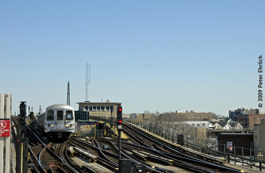 (163k, 930x607)<br><b>Country:</b> United States<br><b>City:</b> New York<br><b>System:</b> New York City Transit<br><b>Line:</b> IND Fulton Street Line<br><b>Location:</b> Rockaway Boulevard <br><b>Route:</b> A<br><b>Car:</b> R-44 (St. Louis, 1971-73) 5236 <br><b>Photo by:</b> Peter Ehrlich<br><b>Date:</b> 2/24/2009<br><b>Notes:</b> Inbound<br><b>Viewed (this week/total):</b> 2 / 1234