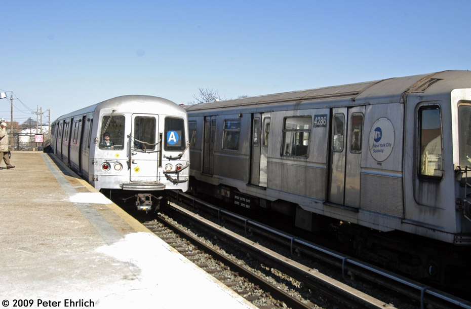 (168k, 930x610)<br><b>Country:</b> United States<br><b>City:</b> New York<br><b>System:</b> New York City Transit<br><b>Line:</b> IND Rockaway<br><b>Location:</b> Beach 25th Street/Wavecrest <br><b>Route:</b> A<br><b>Car:</b> R-44 (St. Louis, 1971-73) 5280 <br><b>Photo by:</b> Peter Ehrlich<br><b>Date:</b> 2/24/2009<br><b>Notes:</b> Inbound, with 4286 outbound.<br><b>Viewed (this week/total):</b> 0 / 1308