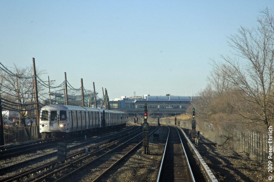 (198k, 930x618)<br><b>Country:</b> United States<br><b>City:</b> New York<br><b>System:</b> New York City Transit<br><b>Line:</b> IND Rockaway<br><b>Location:</b> Howard Beach <br><b>Route:</b> A<br><b>Car:</b> R-44 (St. Louis, 1971-73) 5358 <br><b>Photo by:</b> Peter Ehrlich<br><b>Date:</b> 2/24/2009<br><b>Notes:</b> Outbound<br><b>Viewed (this week/total):</b> 0 / 1395