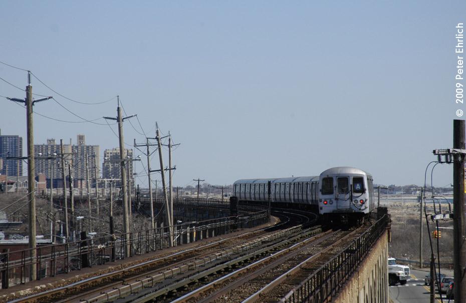 (169k, 930x605)<br><b>Country:</b> United States<br><b>City:</b> New York<br><b>System:</b> New York City Transit<br><b>Line:</b> IND Rockaway<br><b>Location:</b> Beach 60th Street/Straiton <br><b>Route:</b> A<br><b>Car:</b> R-44 (St. Louis, 1971-73) 5418 <br><b>Photo by:</b> Peter Ehrlich<br><b>Date:</b> 2/24/2009<br><b>Notes:</b> Outbound<br><b>Viewed (this week/total):</b> 2 / 1252