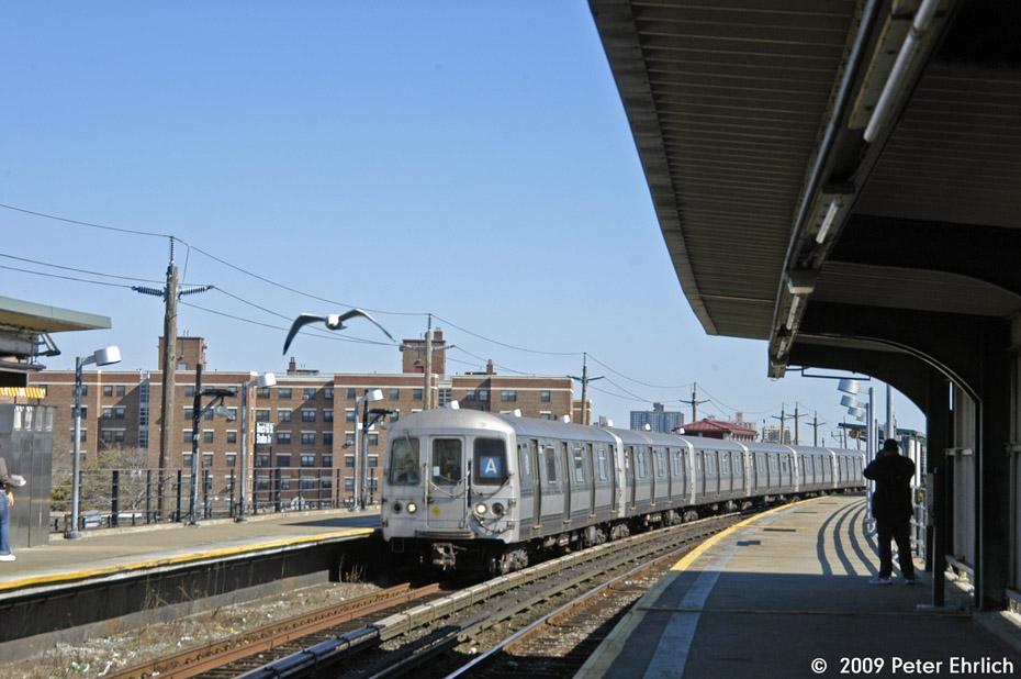 (183k, 930x618)<br><b>Country:</b> United States<br><b>City:</b> New York<br><b>System:</b> New York City Transit<br><b>Line:</b> IND Rockaway<br><b>Location:</b> Beach 60th Street/Straiton <br><b>Route:</b> A<br><b>Car:</b> R-44 (St. Louis, 1971-73) 5446 <br><b>Photo by:</b> Peter Ehrlich<br><b>Date:</b> 2/24/2009<br><b>Viewed (this week/total):</b> 2 / 1108
