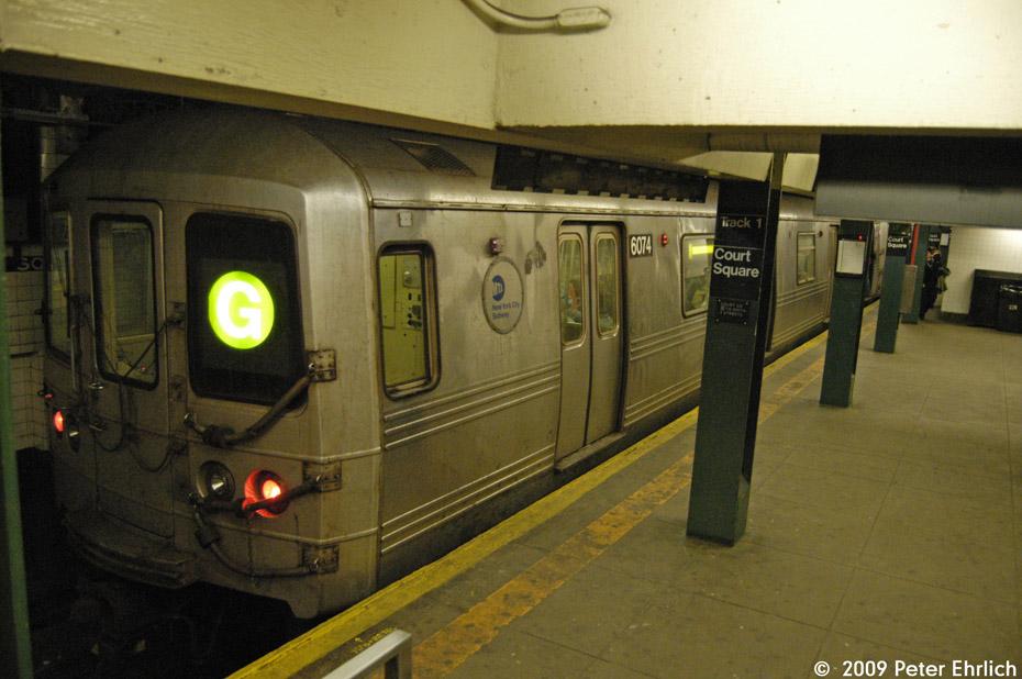 (192k, 930x618)<br><b>Country:</b> United States<br><b>City:</b> New York<br><b>System:</b> New York City Transit<br><b>Line:</b> IND Crosstown Line<br><b>Location:</b> Court Square <br><b>Route:</b> G<br><b>Car:</b> R-46 (Pullman-Standard, 1974-75) 6074 <br><b>Photo by:</b> Peter Ehrlich<br><b>Date:</b> 2/24/2009<br><b>Viewed (this week/total):</b> 0 / 1501