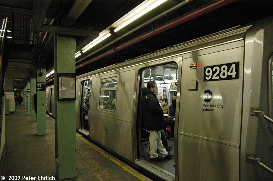 (216k, 930x618)<br><b>Country:</b> United States<br><b>City:</b> New York<br><b>System:</b> New York City Transit<br><b>Line:</b> IND Queens Boulevard Line<br><b>Location:</b> 71st/Continental Aves./Forest Hills <br><b>Route:</b> E<br><b>Car:</b> R-160A (Option 1) (Alstom, 2008-2009, 5 car sets)  9284 <br><b>Photo by:</b> Peter Ehrlich<br><b>Date:</b> 2/24/2009<br><b>Notes:</b> Outbound<br><b>Viewed (this week/total):</b> 0 / 1663