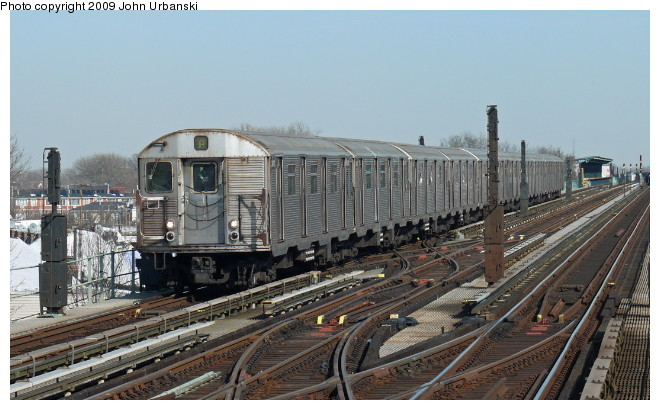(92k, 660x410)<br><b>Country:</b> United States<br><b>City:</b> New York<br><b>System:</b> New York City Transit<br><b>Line:</b> IND Fulton Street Line<br><b>Location:</b> 80th Street/Hudson Street <br><b>Route:</b> A<br><b>Car:</b> R-32 (Budd, 1964)  3411 <br><b>Photo by:</b> John Urbanski<br><b>Date:</b> 3/5/2009<br><b>Viewed (this week/total):</b> 0 / 960