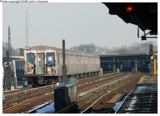 (94k, 660x480)<br><b>Country:</b> United States<br><b>City:</b> New York<br><b>System:</b> New York City Transit<br><b>Line:</b> IND Fulton Street Line<br><b>Location:</b> Rockaway Boulevard <br><b>Route:</b> A<br><b>Car:</b> R-40 (St. Louis, 1968)  4370 <br><b>Photo by:</b> John Urbanski<br><b>Date:</b> 3/5/2009<br><b>Viewed (this week/total):</b> 0 / 1036