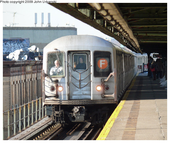 (124k, 597x500)<br><b>Country:</b> United States<br><b>City:</b> New York<br><b>System:</b> New York City Transit<br><b>Line:</b> BMT Culver Line<br><b>Location:</b> 18th Avenue <br><b>Route:</b> F<br><b>Car:</b> R-42 (St. Louis, 1969-1970)  4573 <br><b>Photo by:</b> John Urbanski<br><b>Date:</b> 3/5/2009<br><b>Viewed (this week/total):</b> 1 / 1513