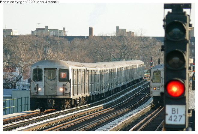 (102k, 660x447)<br><b>Country:</b> United States<br><b>City:</b> New York<br><b>System:</b> New York City Transit<br><b>Line:</b> BMT Culver Line<br><b>Location:</b> Avenue P <br><b>Route:</b> F<br><b>Car:</b> R-40M (St. Louis, 1969)  4486 <br><b>Photo by:</b> John Urbanski<br><b>Date:</b> 3/5/2009<br><b>Viewed (this week/total):</b> 3 / 1241