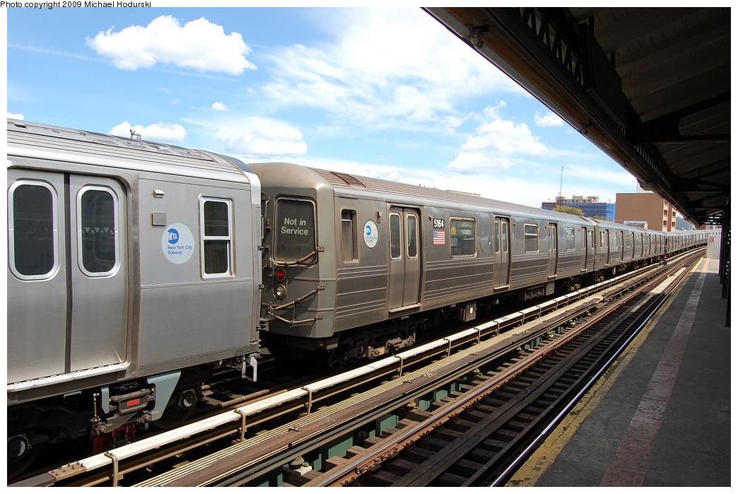 (246k, 1044x699)<br><b>Country:</b> United States<br><b>City:</b> New York<br><b>System:</b> New York City Transit<br><b>Line:</b> BMT Astoria Line<br><b>Location:</b> 30th/Grand Aves. <br><b>Route:</b> N Lay-up<br><b>Car:</b> R-68A (Kawasaki, 1988-1989)  5164 <br><b>Photo by:</b> Michael Hodurski<br><b>Date:</b> 5/23/2008<br><b>Viewed (this week/total):</b> 1 / 1778