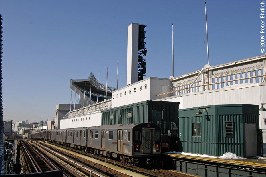 (187k, 930x618)<br><b>Country:</b> United States<br><b>City:</b> New York<br><b>System:</b> New York City Transit<br><b>Line:</b> IRT Woodlawn Line<br><b>Location:</b> 161st Street/River Avenue (Yankee Stadium) <br><b>Route:</b> 4<br><b>Car:</b> R-142 (Option Order, Bombardier, 2002-2003)  1101 <br><b>Photo by:</b> Peter Ehrlich<br><b>Date:</b> 3/4/2009<br><b>Notes:</b> Inbound. Trailing view.<br><b>Viewed (this week/total):</b> 0 / 1721