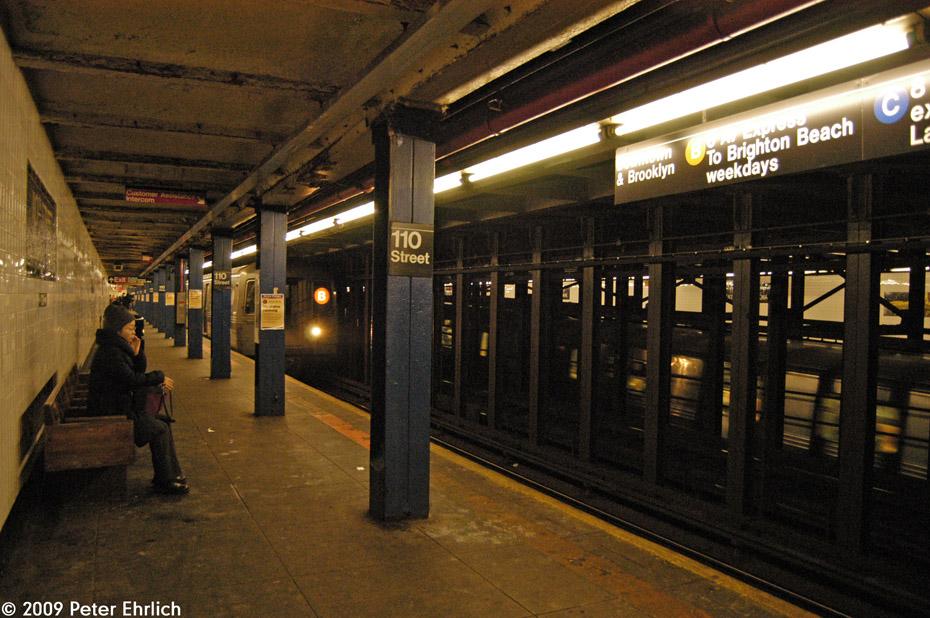 (239k, 930x618)<br><b>Country:</b> United States<br><b>City:</b> New York<br><b>System:</b> New York City Transit<br><b>Line:</b> IND 8th Avenue Line<br><b>Location:</b> 110th Street/Cathedral Parkway<br><b>Route:</b> B<br><b>Car:</b> R-68A (Kawasaki, 1988-1989) 5146 <br><b>Photo by:</b> Peter Ehrlich<br><b>Date:</b> 3/4/2009<br><b>Viewed (this week/total):</b> 2 / 4051