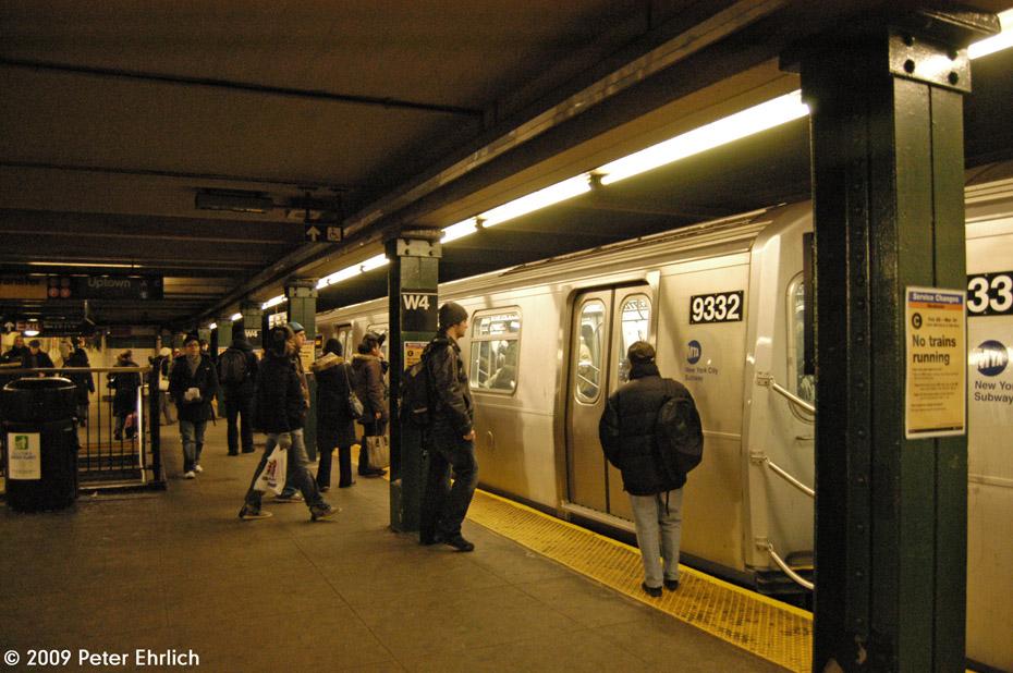 (226k, 930x618)<br><b>Country:</b> United States<br><b>City:</b> New York<br><b>System:</b> New York City Transit<br><b>Line:</b> IND 8th Avenue Line<br><b>Location:</b> West 4th Street/Washington Square <br><b>Route:</b> E<br><b>Car:</b> R-160A (Option 1) (Alstom, 2008-2009, 5 car sets)  9332 <br><b>Photo by:</b> Peter Ehrlich<br><b>Date:</b> 3/4/2009<br><b>Notes:</b> Inbound.<br><b>Viewed (this week/total):</b> 0 / 1348