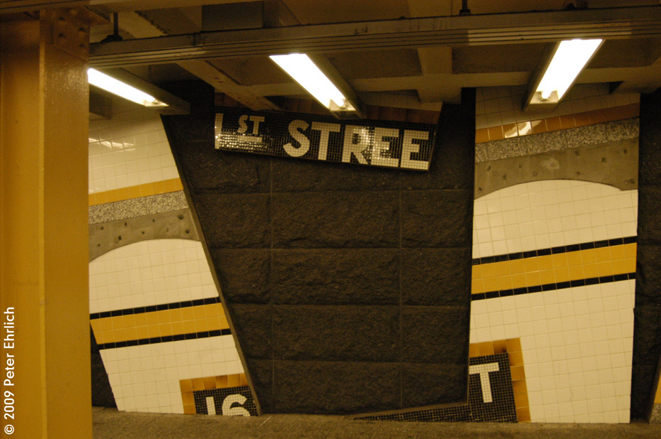 (193k, 930x618)<br><b>Country:</b> United States<br><b>City:</b> New York<br><b>System:</b> New York City Transit<br><b>Line:</b> IRT Woodlawn Line<br><b>Location:</b> 161st Street/River Avenue (Yankee Stadium) <br><b>Photo by:</b> Peter Ehrlich<br><b>Date:</b> 3/4/2009<br><b>Artwork:</b> <i>Wall-Slide/Room of Tranquility</i>,  Acconci/Brandt (2002).<br><b>Notes:</b> Artwork.<br><b>Viewed (this week/total):</b> 0 / 1331