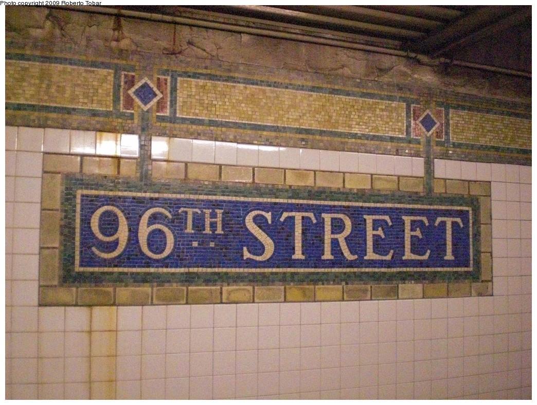 (289k, 1044x788)<br><b>Country:</b> United States<br><b>City:</b> New York<br><b>System:</b> New York City Transit<br><b>Line:</b> IRT East Side Line<br><b>Location:</b> 96th Street <br><b>Photo by:</b> Roberto C. Tobar<br><b>Date:</b> 3/6/2009<br><b>Notes:</b> Station name mosaic.<br><b>Viewed (this week/total):</b> 0 / 876