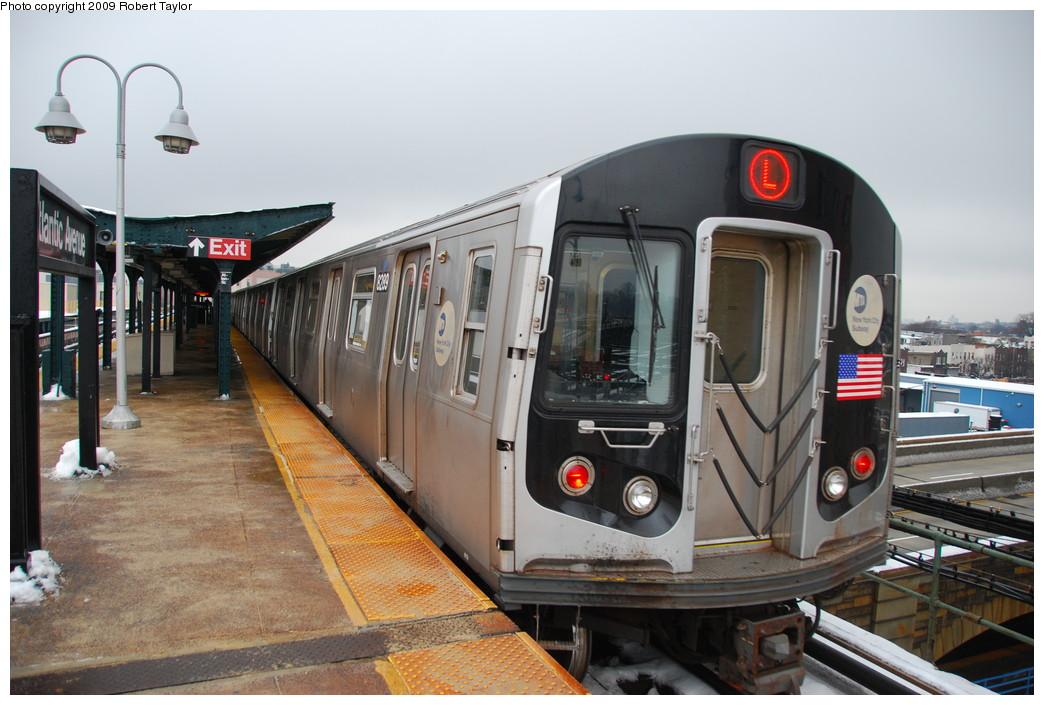 (252k, 1044x705)<br><b>Country:</b> United States<br><b>City:</b> New York<br><b>System:</b> New York City Transit<br><b>Line:</b> BMT Canarsie Line<br><b>Location:</b> Atlantic Avenue <br><b>Route:</b> L<br><b>Car:</b> R-143 (Kawasaki, 2001-2002) 8289 <br><b>Photo by:</b> Robert Taylor<br><b>Date:</b> 12/21/2008<br><b>Viewed (this week/total):</b> 0 / 1319