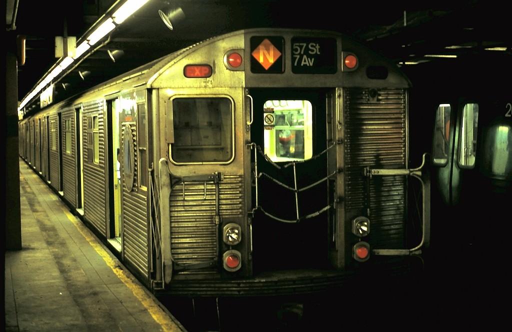(154k, 1024x664)<br><b>Country:</b> United States<br><b>City:</b> New York<br><b>System:</b> New York City Transit<br><b>Line:</b> BMT Broadway Line<br><b>Location:</b> 57th Street <br><b>Route:</b> N<br><b>Car:</b> R-32 (Budd, 1964)   <br><b>Collection of:</b> John Barnes<br><b>Date:</b> 4/25/1987<br><b>Viewed (this week/total):</b> 5 / 3700