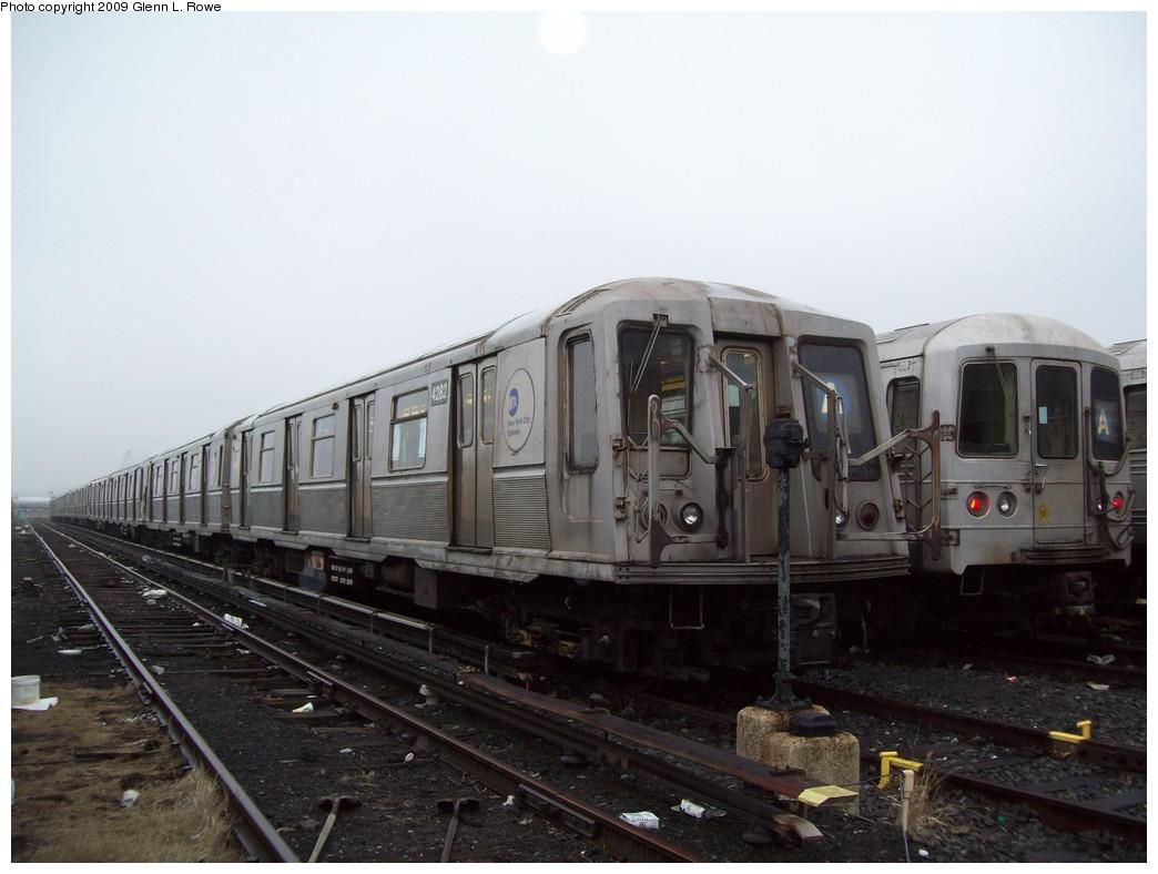 (169k, 1044x788)<br><b>Country:</b> United States<br><b>City:</b> New York<br><b>System:</b> New York City Transit<br><b>Location:</b> 207th Street Yard<br><b>Car:</b> R-40 (St. Louis, 1968)  4282 <br><b>Photo by:</b> Glenn L. Rowe<br><b>Date:</b> 3/11/2009<br><b>Viewed (this week/total):</b> 1 / 856