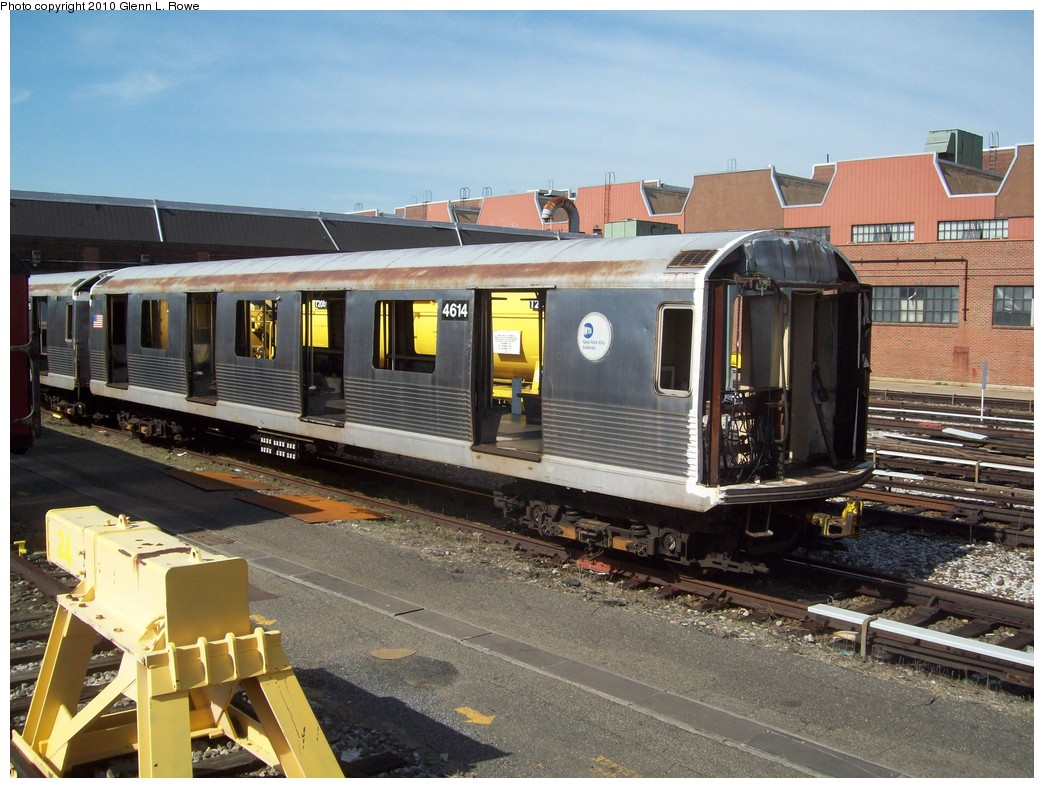 (241k, 1044x788)<br><b>Country:</b> United States<br><b>City:</b> New York<br><b>System:</b> New York City Transit<br><b>Location:</b> 207th Street Yard<br><b>Car:</b> R-42 (St. Louis, 1969-1970)  4614 <br><b>Photo by:</b> Glenn L. Rowe<br><b>Date:</b> 4/5/2010<br><b>Viewed (this week/total):</b> 0 / 868