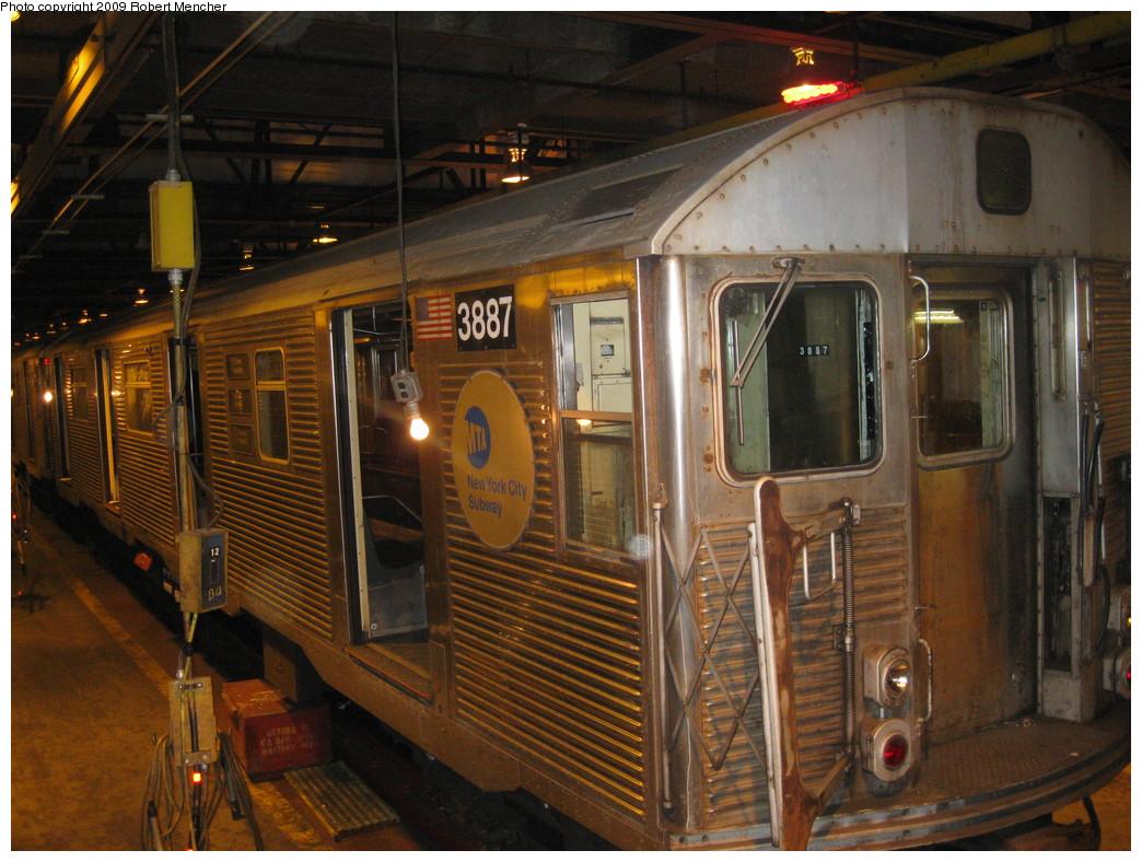(253k, 1044x788)<br><b>Country:</b> United States<br><b>City:</b> New York<br><b>System:</b> New York City Transit<br><b>Location:</b> 207th Street Shop<br><b>Car:</b> R-32 (Budd, 1964)  3887 <br><b>Photo by:</b> Robert Mencher<br><b>Date:</b> 3/7/2009<br><b>Notes:</b> Scrap<br><b>Viewed (this week/total):</b> 0 / 994