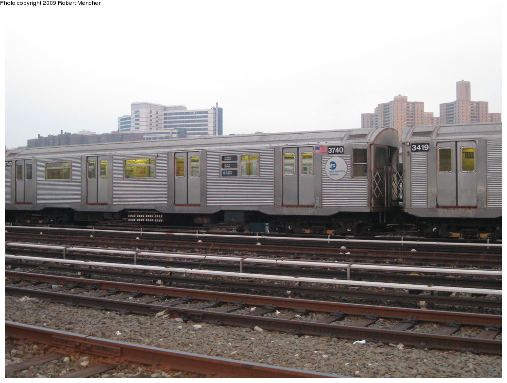 (195k, 1044x788)<br><b>Country:</b> United States<br><b>City:</b> New York<br><b>System:</b> New York City Transit<br><b>Location:</b> 207th Street Yard<br><b>Car:</b> R-32 (Budd, 1964)  3740 <br><b>Photo by:</b> Robert Mencher<br><b>Date:</b> 3/7/2009<br><b>Viewed (this week/total):</b> 0 / 792