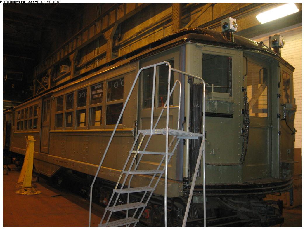 (240k, 1044x788)<br><b>Country:</b> United States<br><b>City:</b> New York<br><b>System:</b> New York City Transit<br><b>Location:</b> 207th Street Shop<br><b>Car:</b> Low-V (Museum Train)  <br><b>Photo by:</b> Robert Mencher<br><b>Date:</b> 3/7/2009<br><b>Viewed (this week/total):</b> 0 / 770