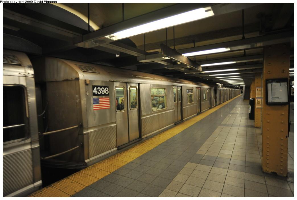 (226k, 1044x701)<br><b>Country:</b> United States<br><b>City:</b> New York<br><b>System:</b> New York City Transit<br><b>Line:</b> IND 8th Avenue Line<br><b>Location:</b> 14th Street <br><b>Route:</b> A<br><b>Car:</b> R-40 (St. Louis, 1968)  4398 <br><b>Photo by:</b> David Pirmann<br><b>Date:</b> 3/15/2009<br><b>Viewed (this week/total):</b> 0 / 1130