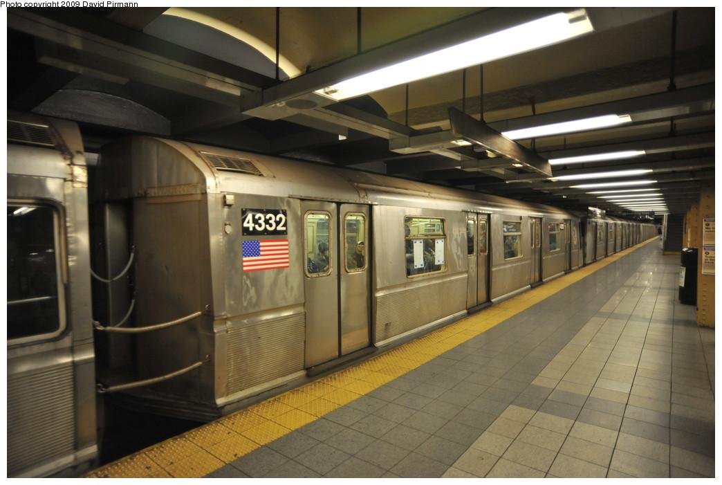 (230k, 1044x701)<br><b>Country:</b> United States<br><b>City:</b> New York<br><b>System:</b> New York City Transit<br><b>Line:</b> IND 8th Avenue Line<br><b>Location:</b> 14th Street <br><b>Route:</b> A<br><b>Car:</b> R-40 (St. Louis, 1968)  4332 <br><b>Photo by:</b> David Pirmann<br><b>Date:</b> 3/15/2009<br><b>Viewed (this week/total):</b> 0 / 1028