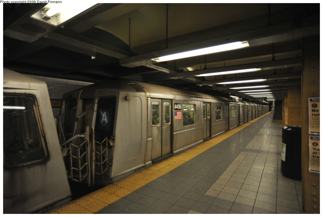 (203k, 1044x701)<br><b>Country:</b> United States<br><b>City:</b> New York<br><b>System:</b> New York City Transit<br><b>Line:</b> IND 8th Avenue Line<br><b>Location:</b> 14th Street <br><b>Route:</b> A<br><b>Car:</b> R-40 (St. Louis, 1968)  4406 <br><b>Photo by:</b> David Pirmann<br><b>Date:</b> 3/15/2009<br><b>Viewed (this week/total):</b> 0 / 1167