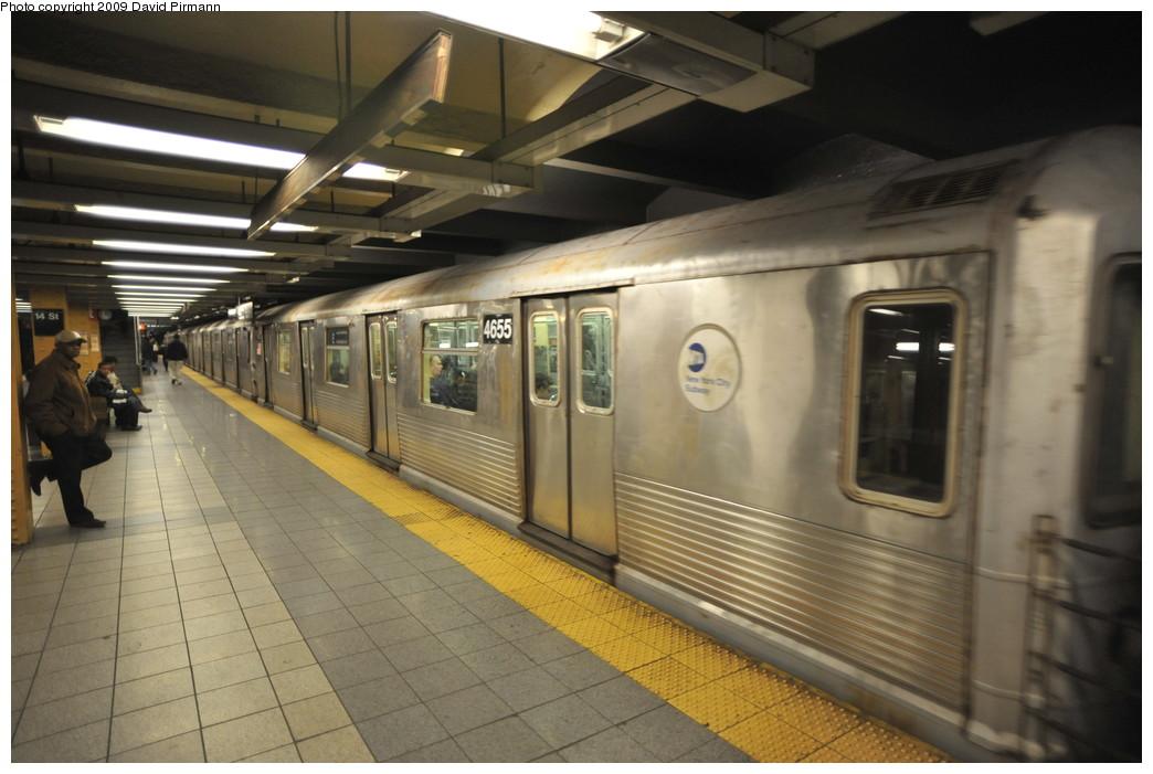 (232k, 1044x701)<br><b>Country:</b> United States<br><b>City:</b> New York<br><b>System:</b> New York City Transit<br><b>Line:</b> IND 8th Avenue Line<br><b>Location:</b> 14th Street <br><b>Route:</b> E<br><b>Car:</b> R-42 (St. Louis, 1969-1970)  4655 <br><b>Photo by:</b> David Pirmann<br><b>Date:</b> 3/15/2009<br><b>Viewed (this week/total):</b> 0 / 928