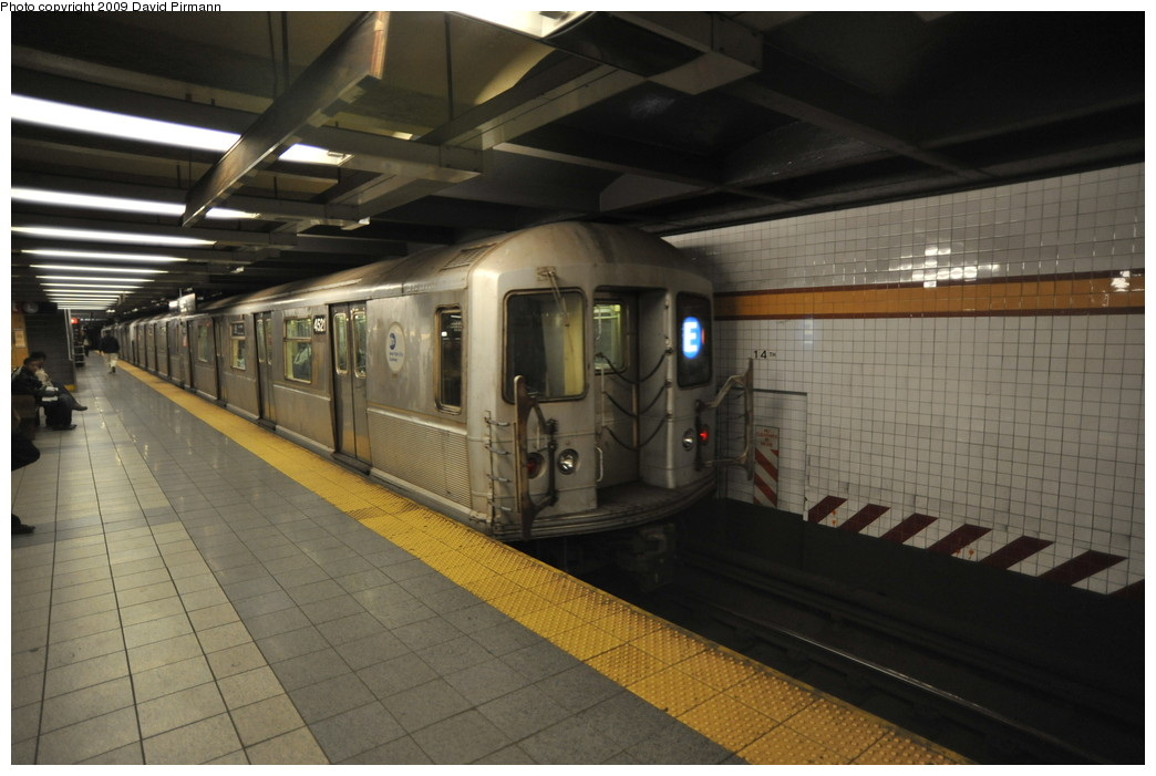 (225k, 1044x701)<br><b>Country:</b> United States<br><b>City:</b> New York<br><b>System:</b> New York City Transit<br><b>Line:</b> IND 8th Avenue Line<br><b>Location:</b> 14th Street <br><b>Route:</b> E<br><b>Car:</b> R-40M (St. Louis, 1969)  4521 <br><b>Photo by:</b> David Pirmann<br><b>Date:</b> 3/15/2009<br><b>Viewed (this week/total):</b> 0 / 1175