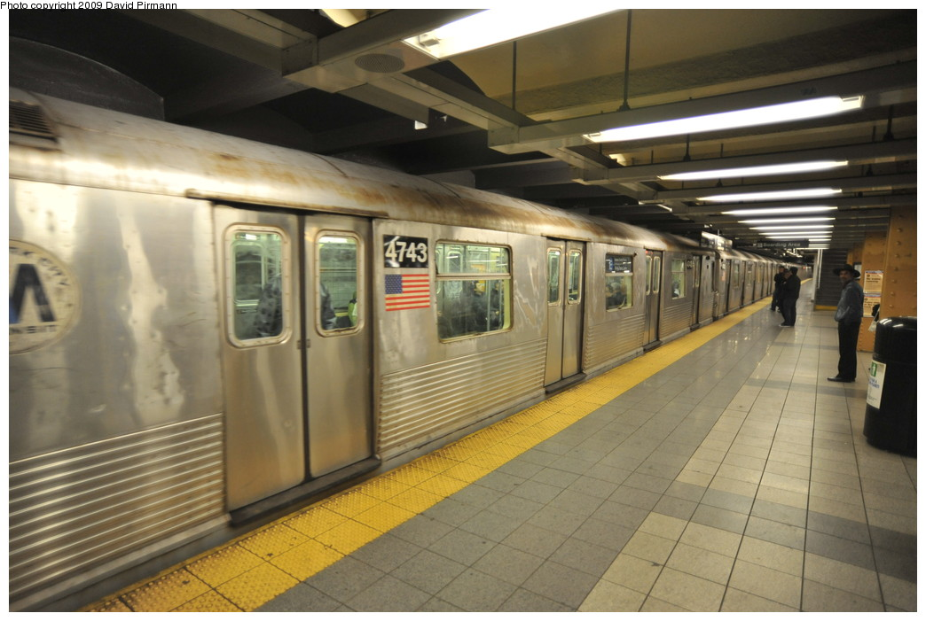 (237k, 1044x701)<br><b>Country:</b> United States<br><b>City:</b> New York<br><b>System:</b> New York City Transit<br><b>Line:</b> IND 8th Avenue Line<br><b>Location:</b> 14th Street <br><b>Route:</b> E<br><b>Car:</b> R-42 (St. Louis, 1969-1970)  4743 <br><b>Photo by:</b> David Pirmann<br><b>Date:</b> 3/15/2009<br><b>Viewed (this week/total):</b> 2 / 962