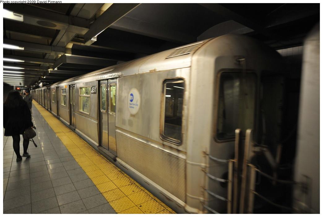 (209k, 1044x701)<br><b>Country:</b> United States<br><b>City:</b> New York<br><b>System:</b> New York City Transit<br><b>Line:</b> IND 8th Avenue Line<br><b>Location:</b> 14th Street <br><b>Route:</b> E<br><b>Car:</b> R-40M (St. Louis, 1969)  4511 <br><b>Photo by:</b> David Pirmann<br><b>Date:</b> 3/15/2009<br><b>Viewed (this week/total):</b> 2 / 777
