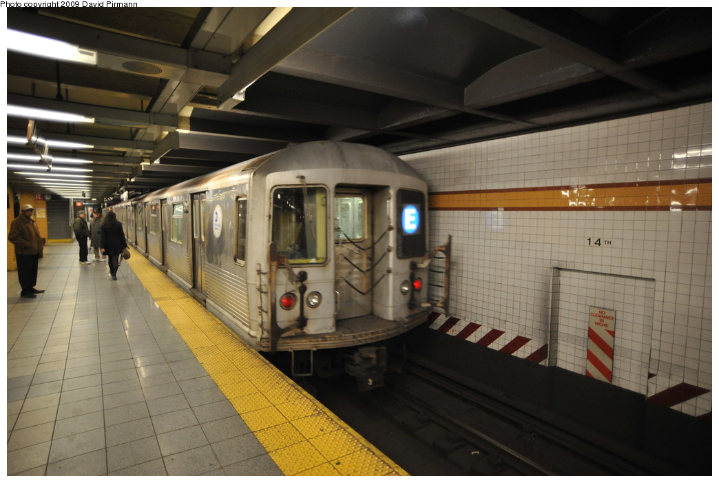 (232k, 1044x701)<br><b>Country:</b> United States<br><b>City:</b> New York<br><b>System:</b> New York City Transit<br><b>Line:</b> IND 8th Avenue Line<br><b>Location:</b> 14th Street <br><b>Route:</b> E<br><b>Car:</b> R-42 (St. Louis, 1969-1970)  4741 <br><b>Photo by:</b> David Pirmann<br><b>Date:</b> 3/15/2009<br><b>Viewed (this week/total):</b> 1 / 1110
