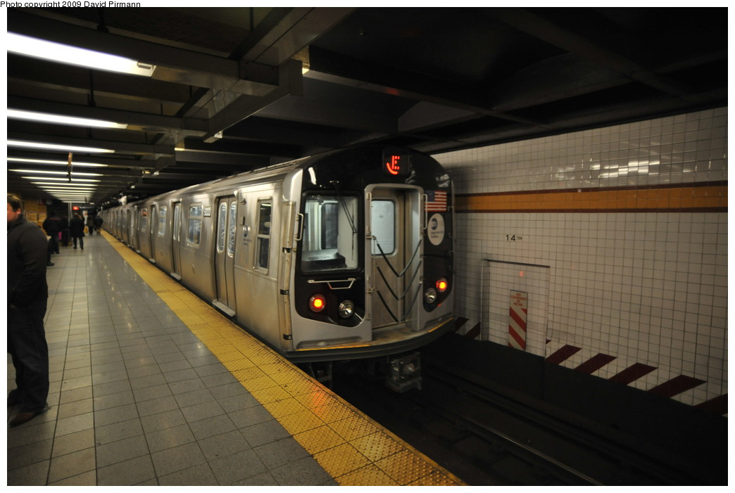 (214k, 1044x701)<br><b>Country:</b> United States<br><b>City:</b> New York<br><b>System:</b> New York City Transit<br><b>Line:</b> IND 8th Avenue Line<br><b>Location:</b> 14th Street <br><b>Route:</b> E<br><b>Car:</b> R-160A (Option 1) (Alstom, 2008-2009, 5 car sets)  9333 <br><b>Photo by:</b> David Pirmann<br><b>Date:</b> 3/15/2009<br><b>Viewed (this week/total):</b> 3 / 1294
