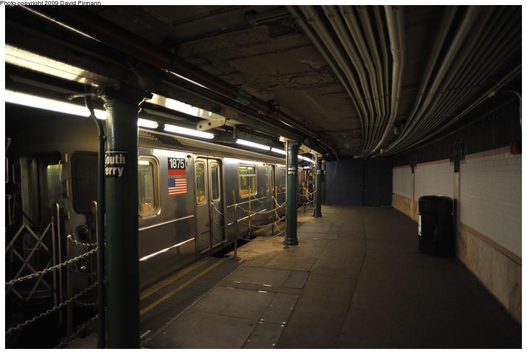 (209k, 1044x701)<br><b>Country:</b> United States<br><b>City:</b> New York<br><b>System:</b> New York City Transit<br><b>Line:</b> IRT West Side Line<br><b>Location:</b> South Ferry (Outer Loop Station) <br><b>Route:</b> 1<br><b>Car:</b> R-62A (Bombardier, 1984-1987)  1875 <br><b>Photo by:</b> David Pirmann<br><b>Date:</b> 3/15/2009<br><b>Notes:</b> Final day of revenue service at loop station.<br><b>Viewed (this week/total):</b> 0 / 1240