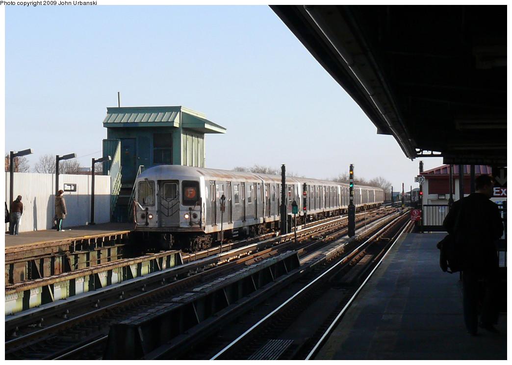 (223k, 1044x744)<br><b>Country:</b> United States<br><b>City:</b> New York<br><b>System:</b> New York City Transit<br><b>Line:</b> BMT Culver Line<br><b>Location:</b> Ditmas Avenue <br><b>Route:</b> F<br><b>Car:</b> R-42 (St. Louis, 1969-1970)  4773 <br><b>Photo by:</b> John Urbanski<br><b>Date:</b> 3/17/2009<br><b>Viewed (this week/total):</b> 0 / 1363