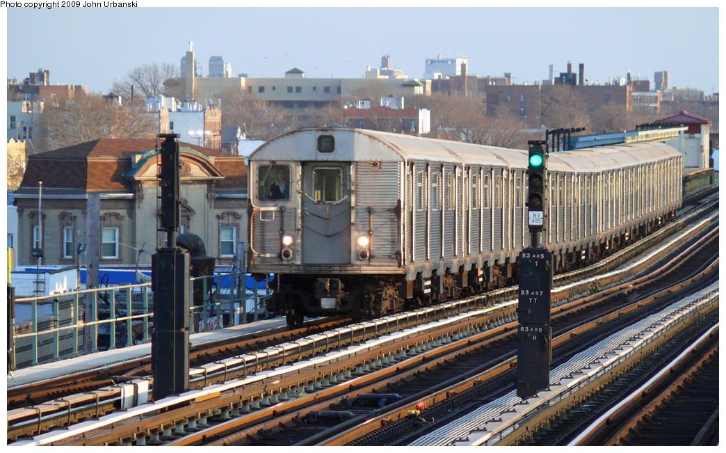 (318k, 1044x651)<br><b>Country:</b> United States<br><b>City:</b> New York<br><b>System:</b> New York City Transit<br><b>Line:</b> BMT Culver Line<br><b>Location:</b> Bay Parkway (22nd Avenue) <br><b>Route:</b> F<br><b>Car:</b> R-32 (Budd, 1964)  3522 <br><b>Photo by:</b> John Urbanski<br><b>Date:</b> 3/17/2009<br><b>Viewed (this week/total):</b> 2 / 1257