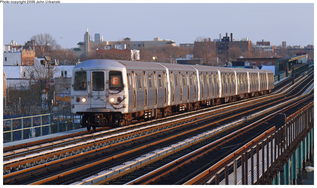 (294k, 1044x622)<br><b>Country:</b> United States<br><b>City:</b> New York<br><b>System:</b> New York City Transit<br><b>Line:</b> BMT Culver Line<br><b>Location:</b> Bay Parkway (22nd Avenue) <br><b>Route:</b> F<br><b>Car:</b> R-46 (Pullman-Standard, 1974-75) 6176 <br><b>Photo by:</b> John Urbanski<br><b>Date:</b> 3/17/2009<br><b>Viewed (this week/total):</b> 2 / 1026