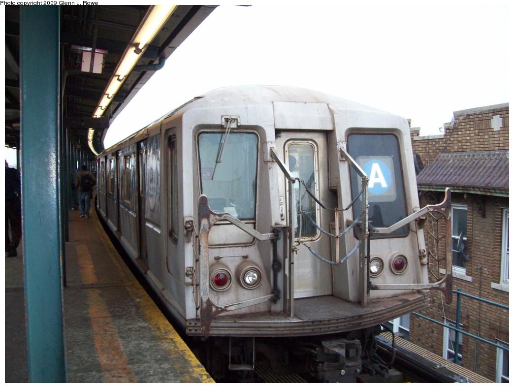 (200k, 1044x788)<br><b>Country:</b> United States<br><b>City:</b> New York<br><b>System:</b> New York City Transit<br><b>Line:</b> IND Fulton Street Line<br><b>Location:</b> Lefferts Boulevard <br><b>Route:</b> A<br><b>Car:</b> R-40 (St. Louis, 1968)  4437 <br><b>Photo by:</b> Glenn L. Rowe<br><b>Date:</b> 3/20/2009<br><b>Viewed (this week/total):</b> 0 / 859
