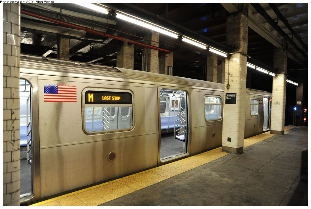 (214k, 1044x702)<br><b>Country:</b> United States<br><b>City:</b> New York<br><b>System:</b> New York City Transit<br><b>Line:</b> BMT Nassau Street/Jamaica Line<br><b>Location:</b> Chambers Street <br><b>Route:</b> M<br><b>Car:</b> R-160A-1 (Alstom, 2005-2008, 4 car sets)  8636 <br><b>Photo by:</b> Richard Panse<br><b>Date:</b> 3/17/2009<br><b>Viewed (this week/total):</b> 1 / 2745