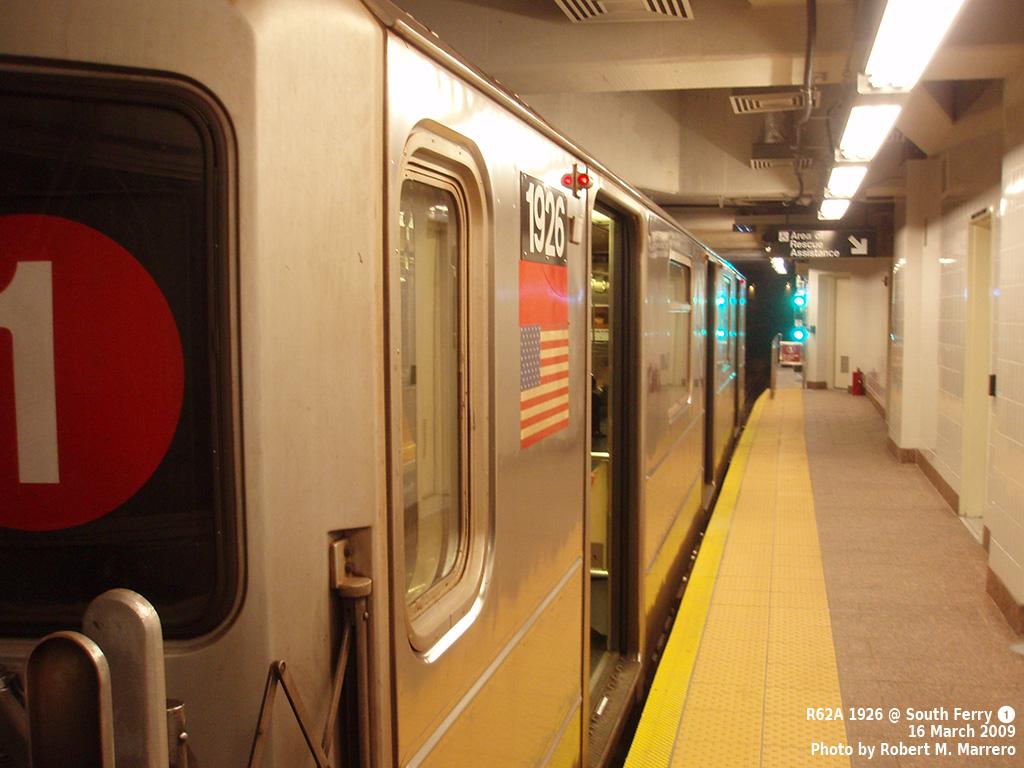 (317k, 1024x768)<br><b>Country:</b> United States<br><b>City:</b> New York<br><b>System:</b> New York City Transit<br><b>Line:</b> IRT West Side Line<br><b>Location:</b> South Ferry (New Station) <br><b>Route:</b> 1<br><b>Car:</b> R-62A (Bombardier, 1984-1987)  1926 <br><b>Photo by:</b> Robert Marrero<br><b>Date:</b> 3/16/2009<br><b>Viewed (this week/total):</b> 4 / 1574