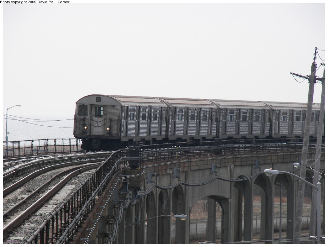 (227k, 1044x788)<br><b>Country:</b> United States<br><b>City:</b> New York<br><b>System:</b> New York City Transit<br><b>Line:</b> IND Rockaway<br><b>Location:</b> Beach 36th Street/Edgemere <br><b>Route:</b> A<br><b>Car:</b> R-32 (Budd, 1964)   <br><b>Photo by:</b> David-Paul Gerber<br><b>Date:</b> 3/14/2009<br><b>Viewed (this week/total):</b> 0 / 2177