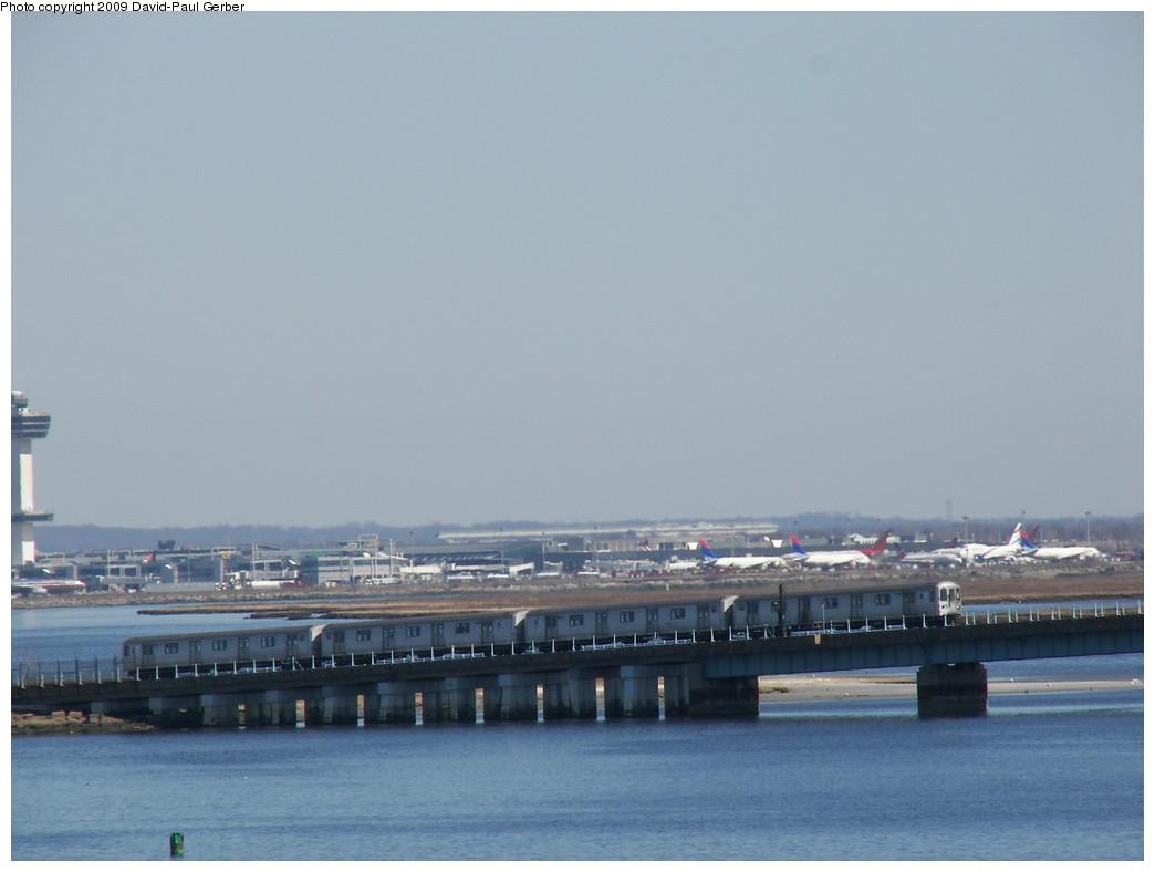 (186k, 1044x788)<br><b>Country:</b> United States<br><b>City:</b> New York<br><b>System:</b> New York City Transit<br><b>Line:</b> IND Rockaway<br><b>Location:</b> South Channel Bridge <br><b>Route:</b> S<br><b>Car:</b> R-44 (St. Louis, 1971-73)  <br><b>Photo by:</b> David-Paul Gerber<br><b>Date:</b> 3/21/2009<br><b>Viewed (this week/total):</b> 0 / 1019