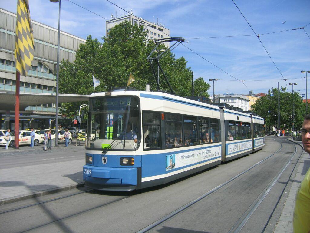 (138k, 1024x768)<br><b>Country:</b> Germany<br><b>City:</b> Munich<br><b>System:</b> MVG (Munchener Verkehrsgesellschaft)<br><b>Location:</b> Bahnhofplatz <br><b>Route:</b> 16<br><b>Car:</b> Amtrak Metroliner 2109  <br><b>Photo by:</b> Jos Straathof<br><b>Date:</b> 8/14/2008<br><b>Viewed (this week/total):</b> 1 / 342